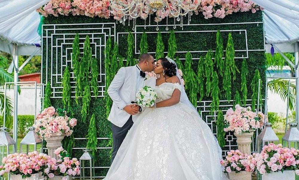 nigerian-wedding-story-picture-abuja-2019-tracy-ekong-and-ibifa-jajas-custom-ball-wedding-dress-2