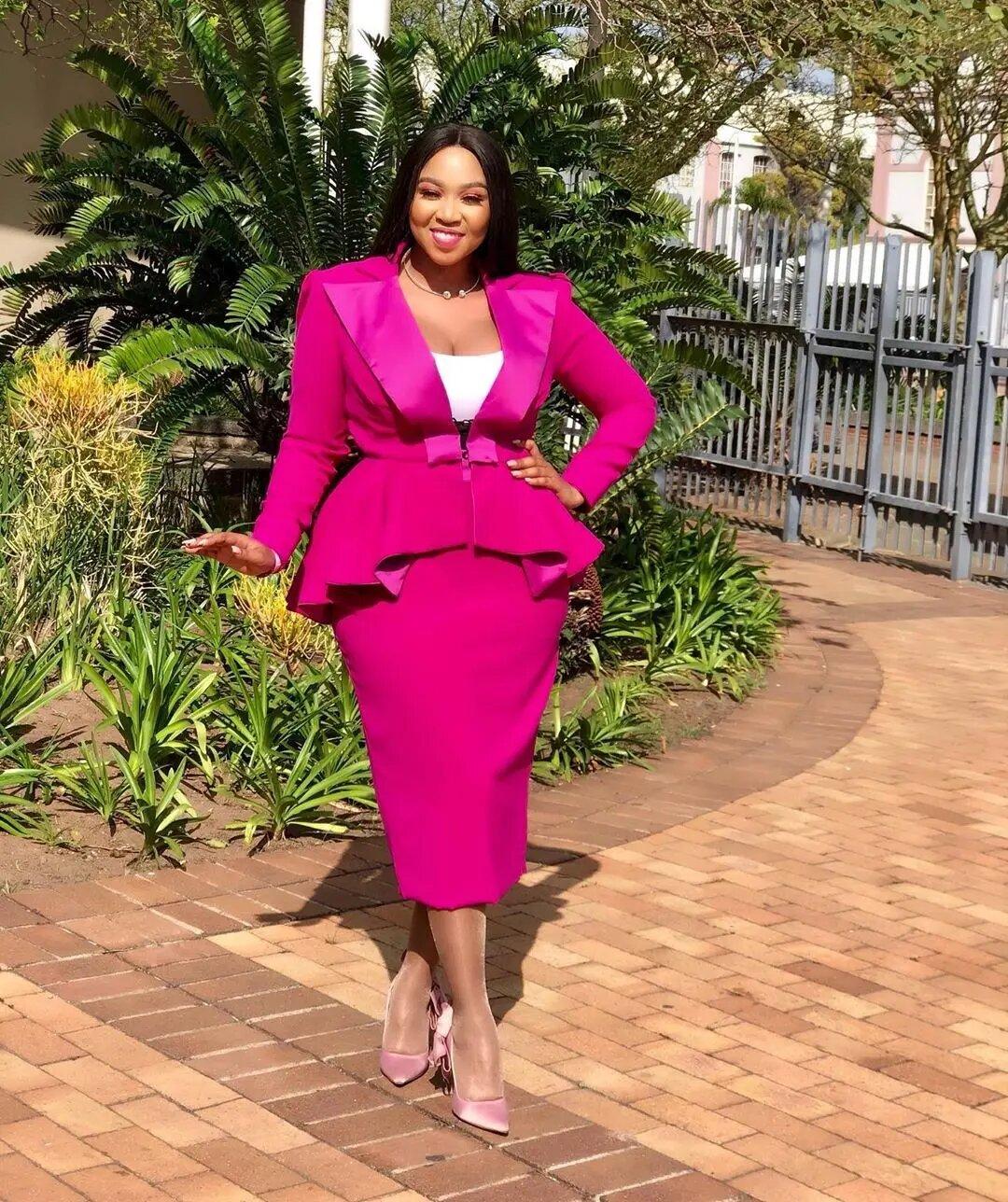 ayanda-ncwane-13-haute-ways-to-rock-your-hot-pink-like-a-style-star