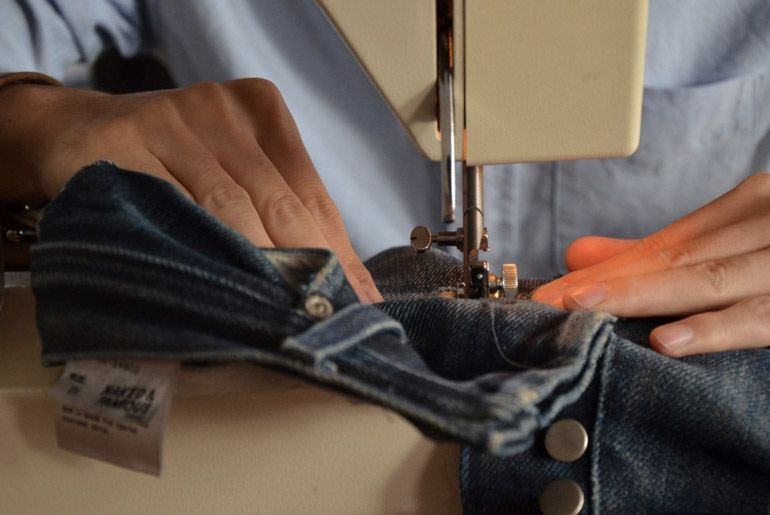 diy-how-to-make-ripped-jeans-denim