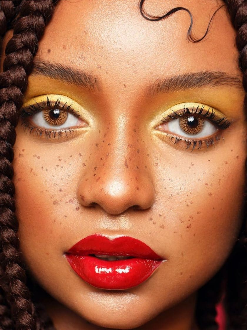 red-lip-nude-eye-makeup-look-style-rave