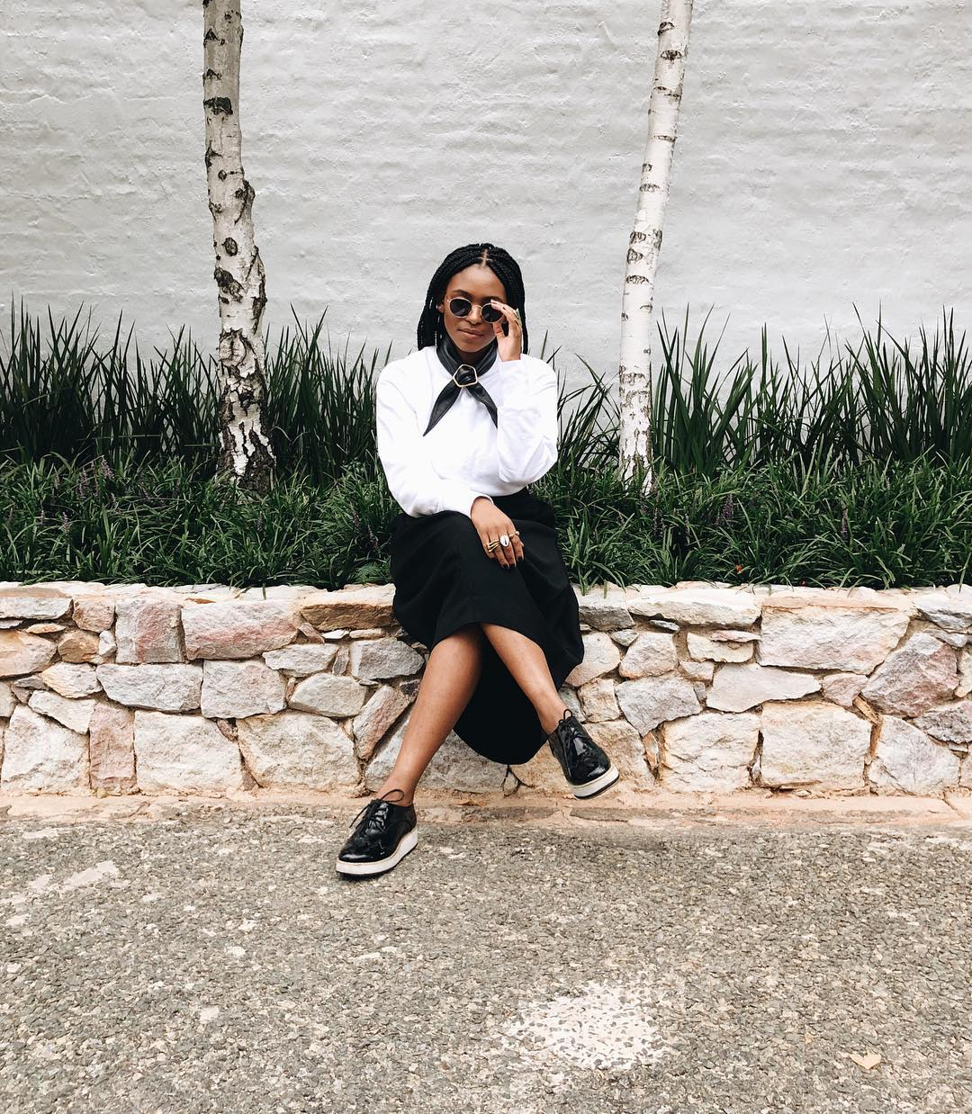 sa-blogger-cassandra-twalas-style-language-is-effortlessly-black-white-and-neutral