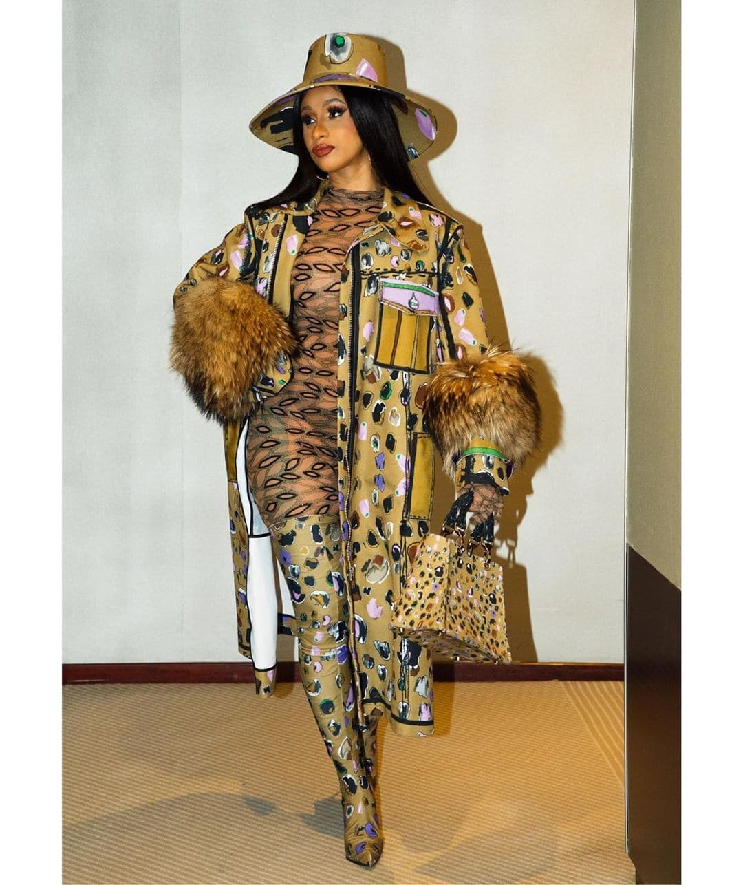 cardi-b-shut-down-the-streets-with-her-style-at-pfw-ss20