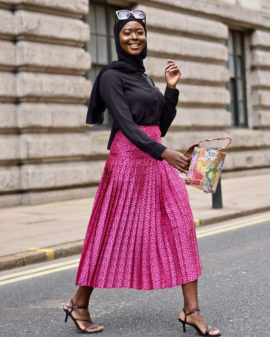 maryam-salam-13-haute-ways-to-rock-your-hot-pink-like-a-style-star