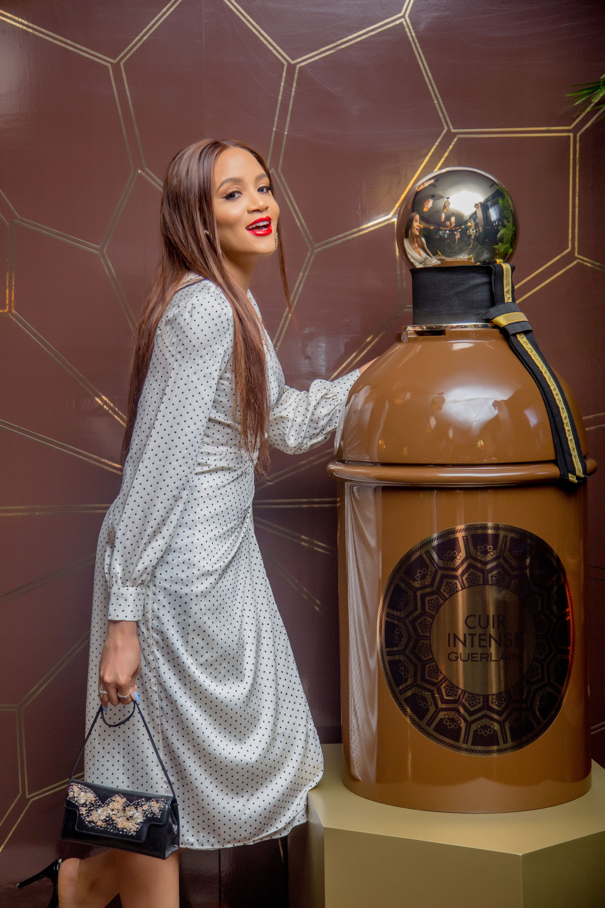 a-journey-to-the-orient-with-the-les-absolus-dorient-collection-by-guerlain