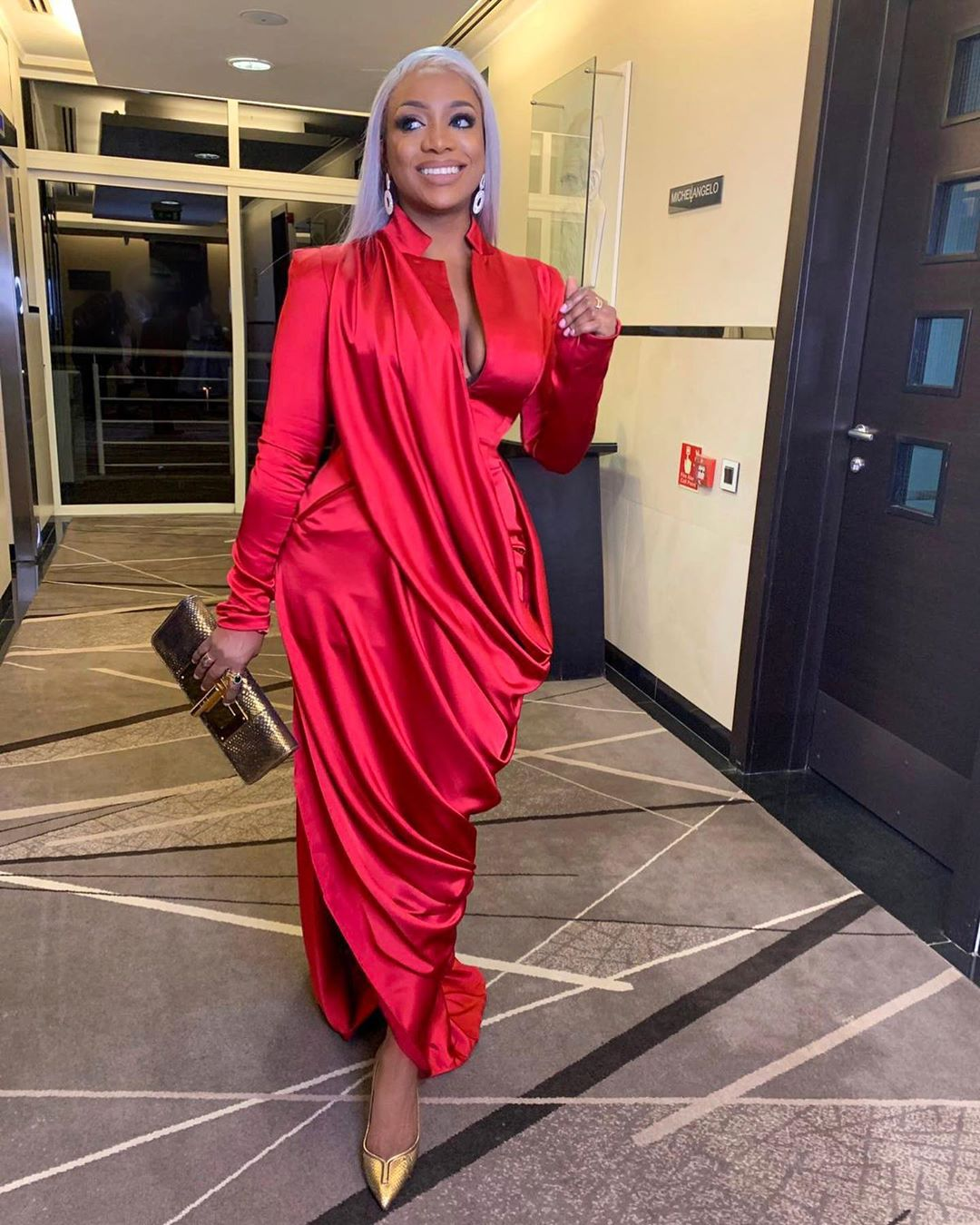 chioma-ikokwu-good-hair-red-dress-style-temple
