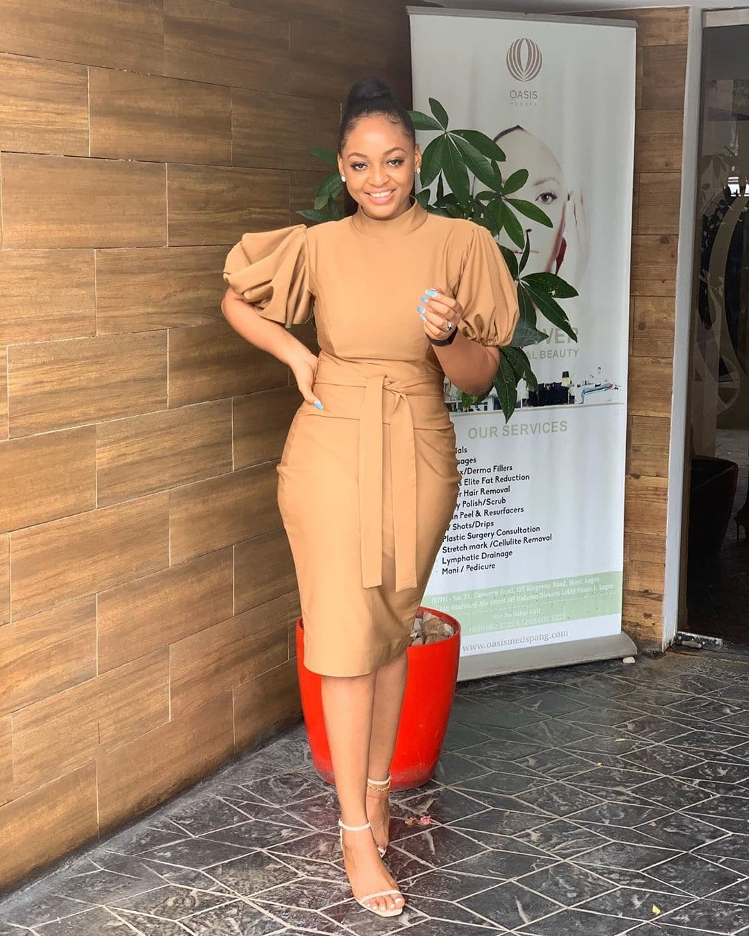 stephanie-cole-15-looks-that-prove-that-camel-tones-are-the-hottest-shades-of-the-season