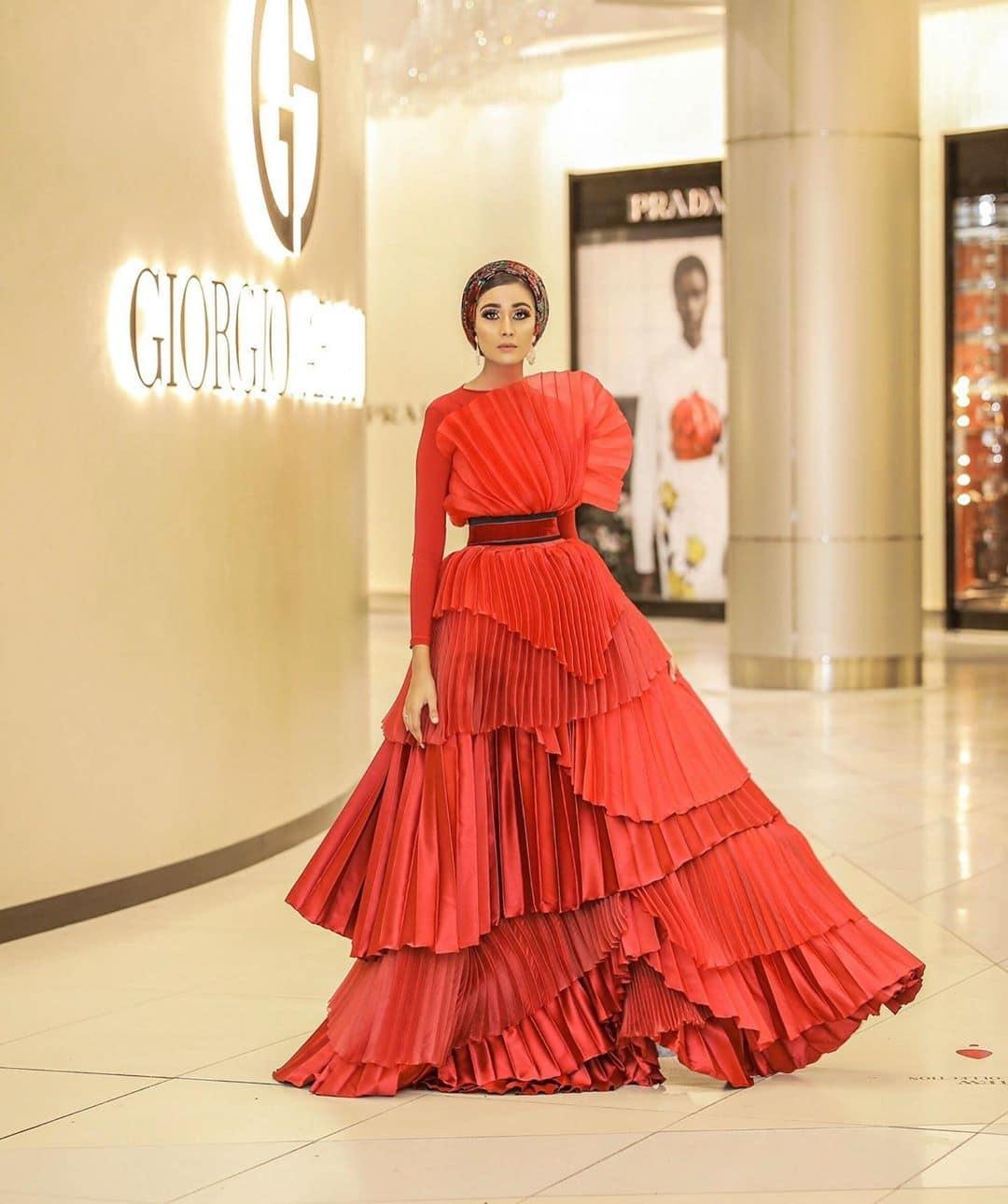 Thameenah-saint-modest-muslimah-chic-red-dress