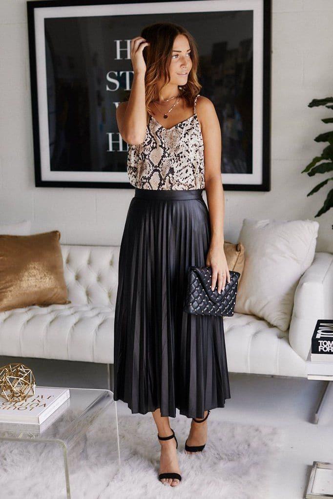 como-estilo-comprar-saias-plissadas-on-line-como-um-estilo-certificado-corvo