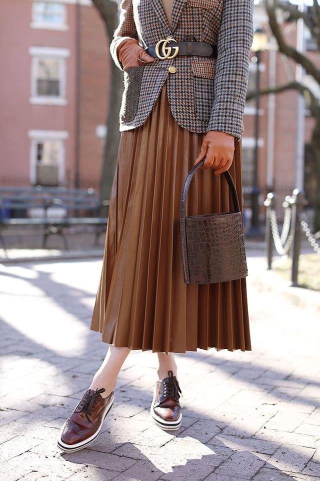 como-estilo-saias-plissadas-como-um-estilo-certificado-corvo