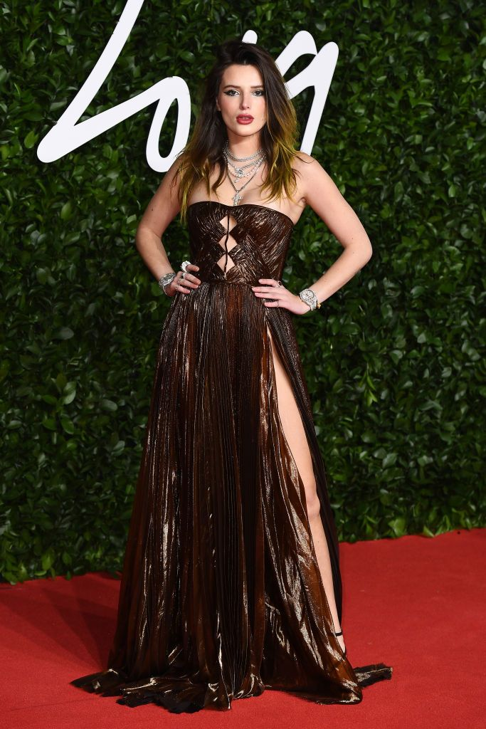bella-thorne-the-most-rave-worthy-looks-at-the-2019-british-fashion-awards
