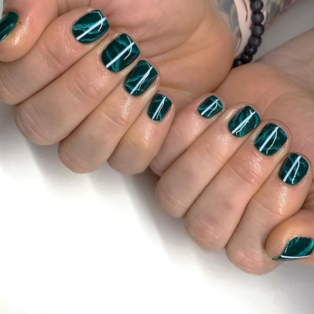 green-tortoiseshell-manicure-style-rave