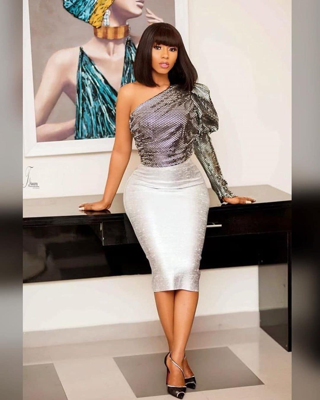 mercy-eke-bbnaija-pepperdem-winner-silver-monostrap-top-silver-skirt