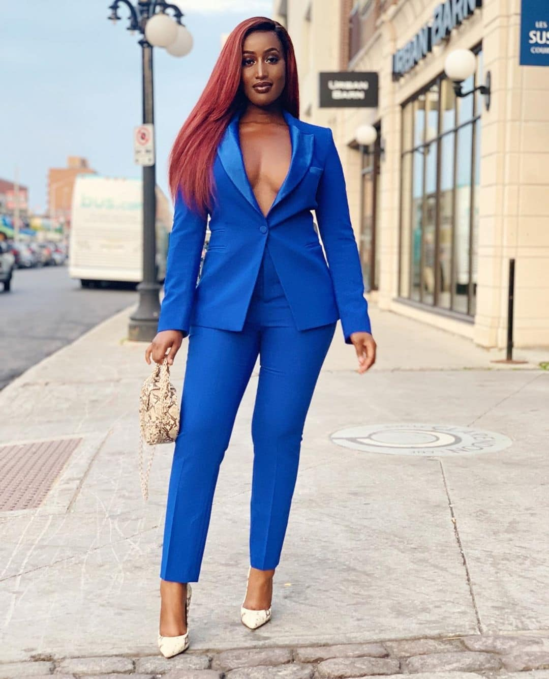 sonia-kah-how-to-wear-blue-with-style