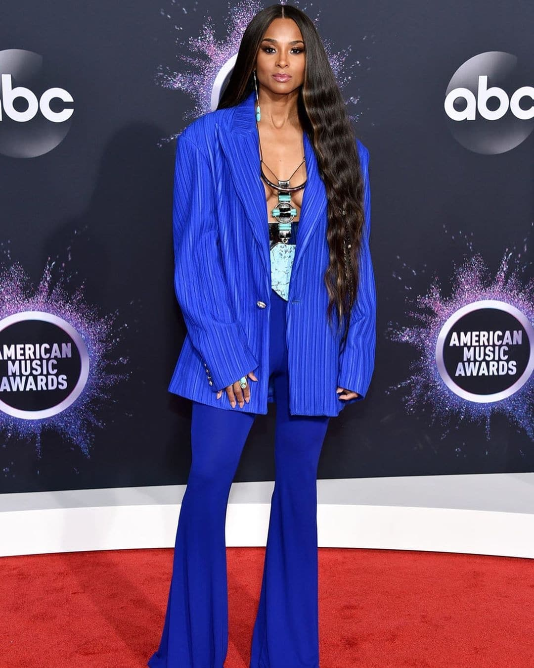 ciara-how-to-wear-blue-with-style-pantone-colour-of-the-year-2020