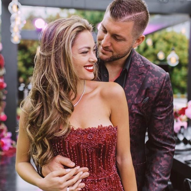 tim-tebow-demi-leigh-nel-peters-wedding-style-rave