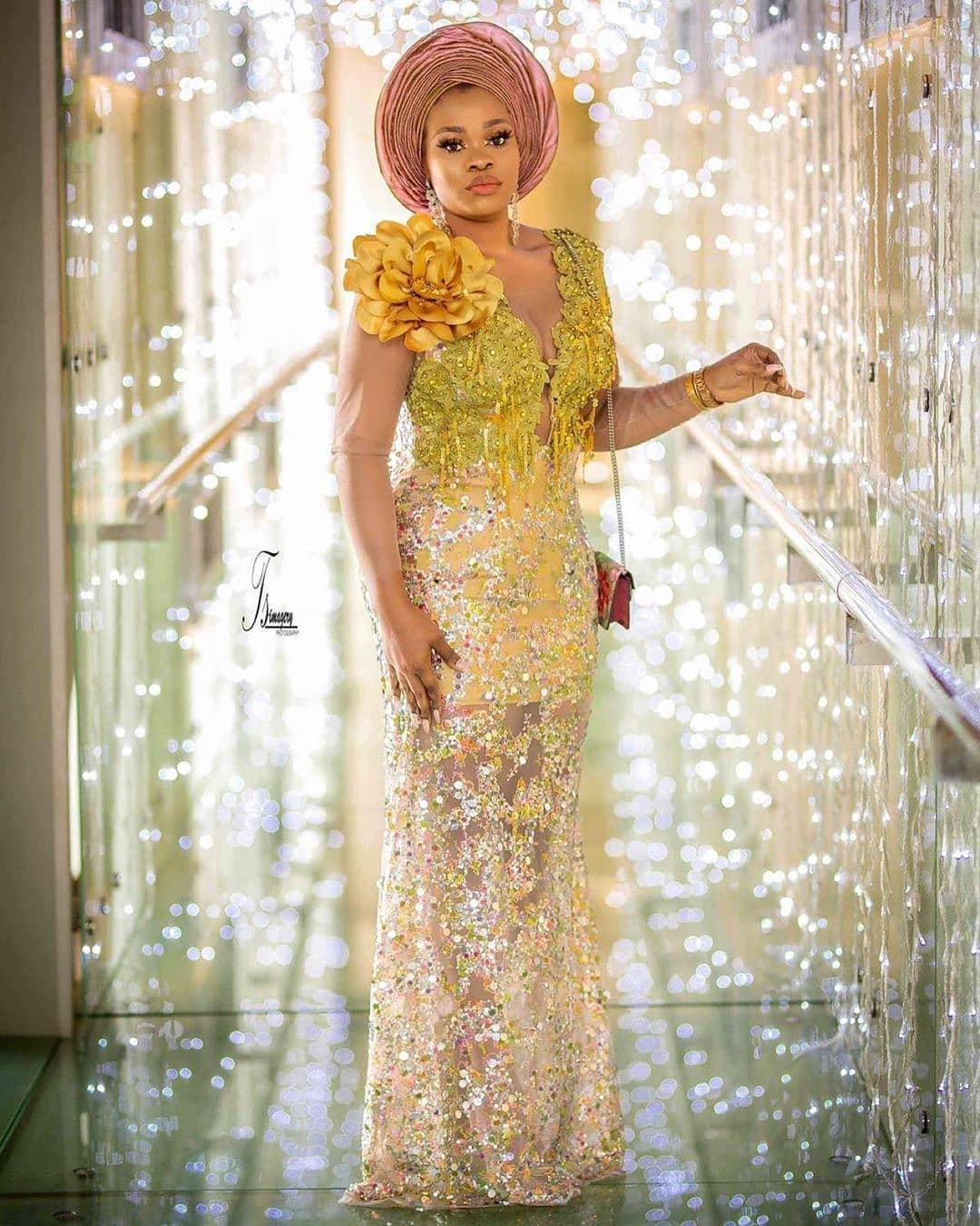 yellow-gold-asoebi-designs-for-2020