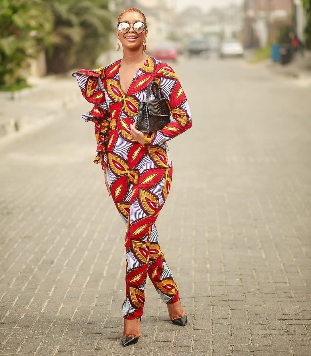 stunning-see-the-20-aso-ebi-styles-were-currently-vibing-with