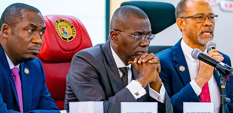 Governor Sanwo-Olu (centre) and Prof. Abayomi (right)ay-march-2020-style-rave