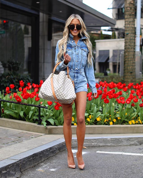 mary stucke white fashion blogger atlanta 2020 how to organize your closet