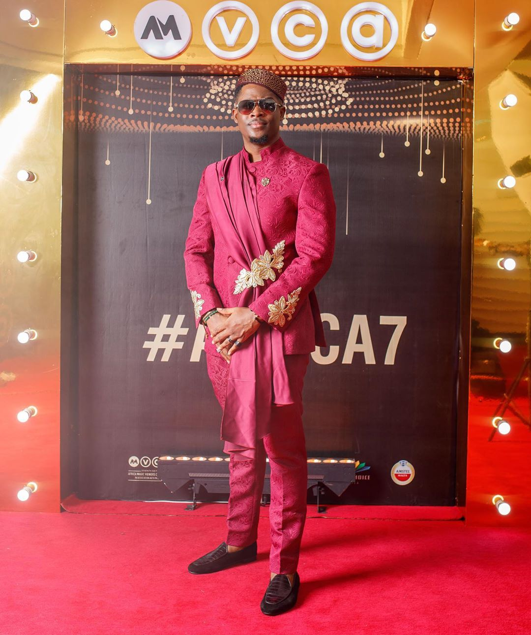 2020-amvcas-the-most-rave-worthy-looks-on-the-red-carpet-theravelist
