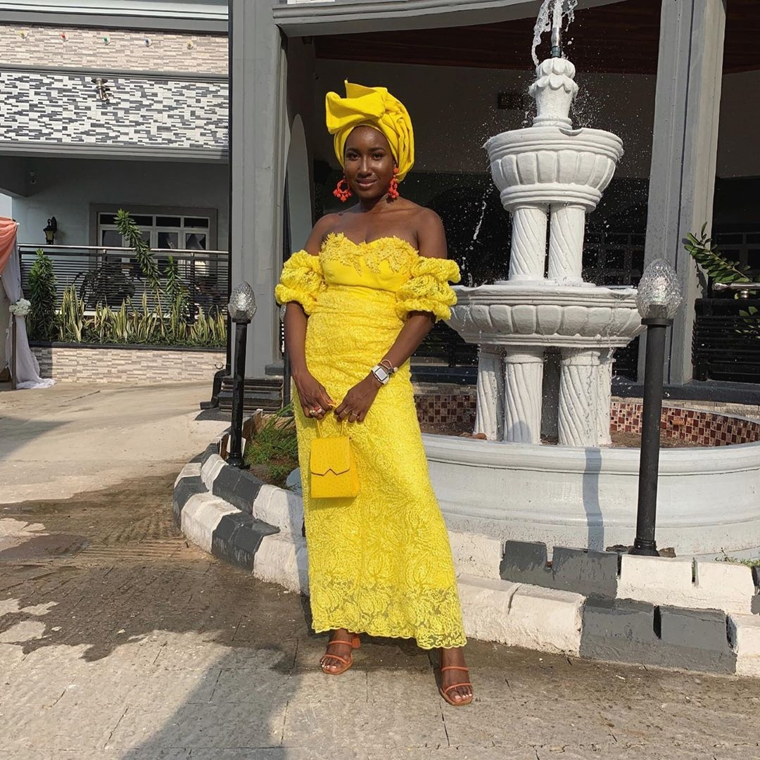 rave-worthy-aso-ebi-styles-for-the-ladies-who-want-to-slay-in-2020