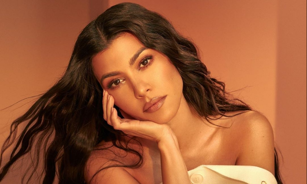 kourtney-kardashian-quits-keeping-up-with-the-kardashian-kuwtk-fg-to-evacuate-nigerians-abroad-premier-league-30%-pay-cut-latest-news-global