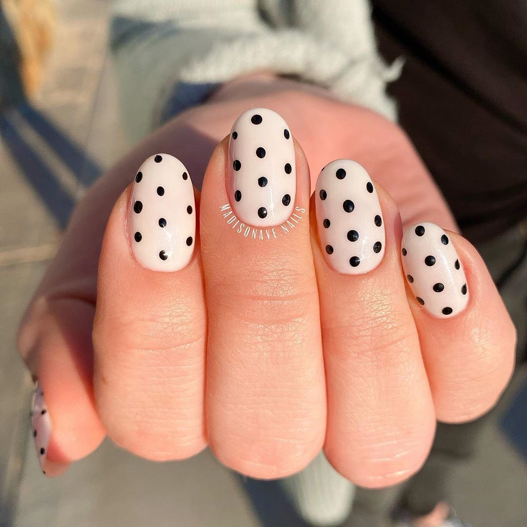 spotted nails manicure diy-quarantine-nails:-10-really-cute-nail-art-trends-you-can-do-at-home