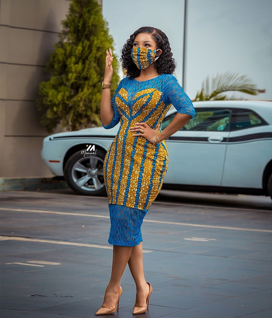 serwaa amihere Ankara dress mixed print 2020 face mask kente