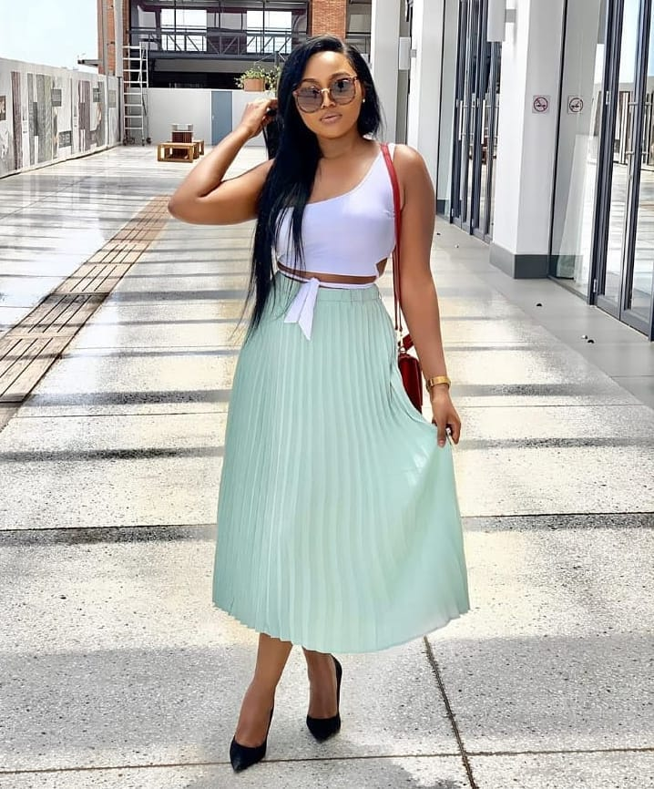 How to Style The Midi Skirt Like A Certified Style Raven