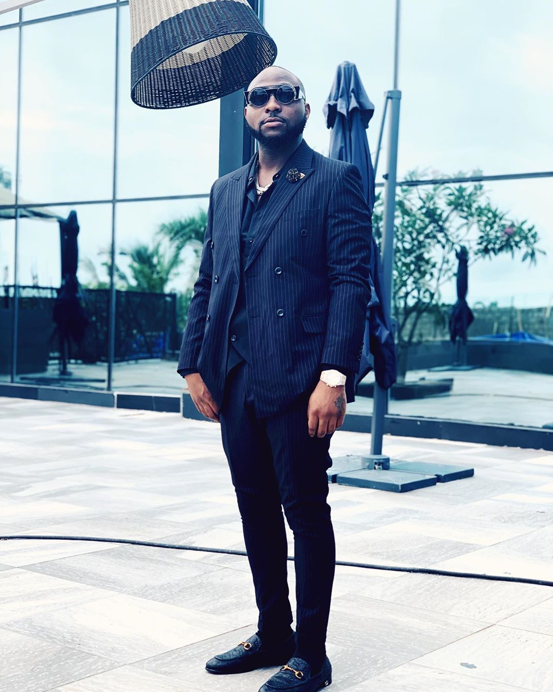 davido-african-men-male-celebrities-african-best-dresses-hottest-most-fashionable-stylish-style-rave-2020