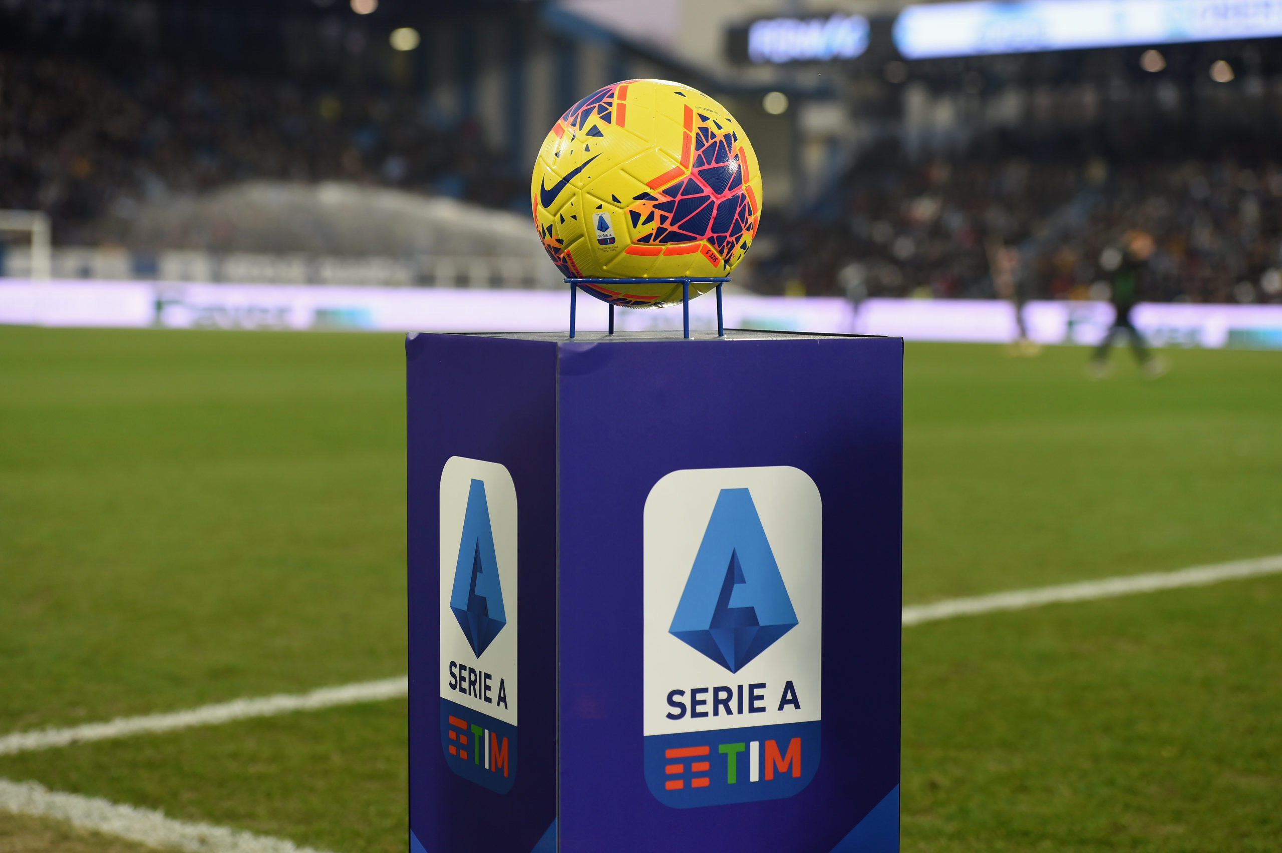 nigerian-immigration-officers-bop-daddy-bopdaddy-challenge-serie-a-latest-news-global-world-stories-wednesday-may-2020-style-rave