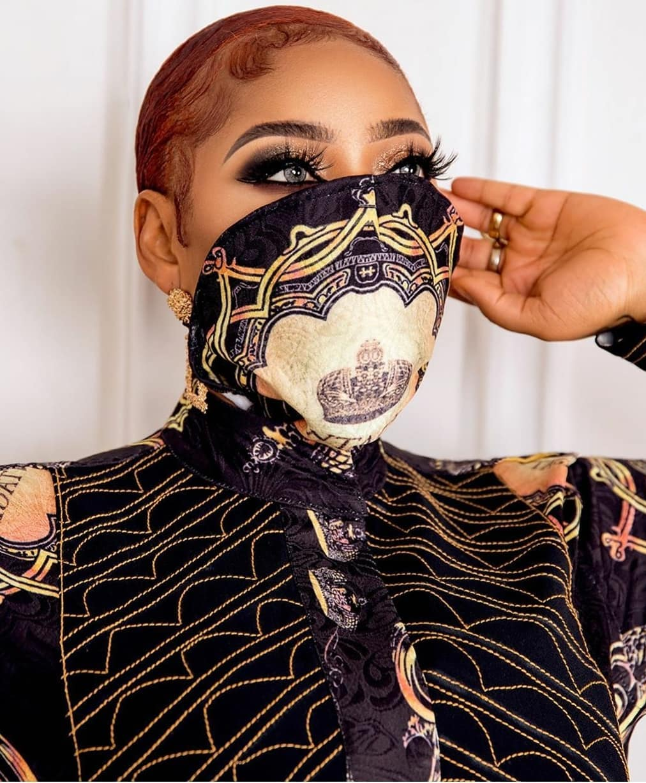 Toyin Lawani Fabric face mask style
