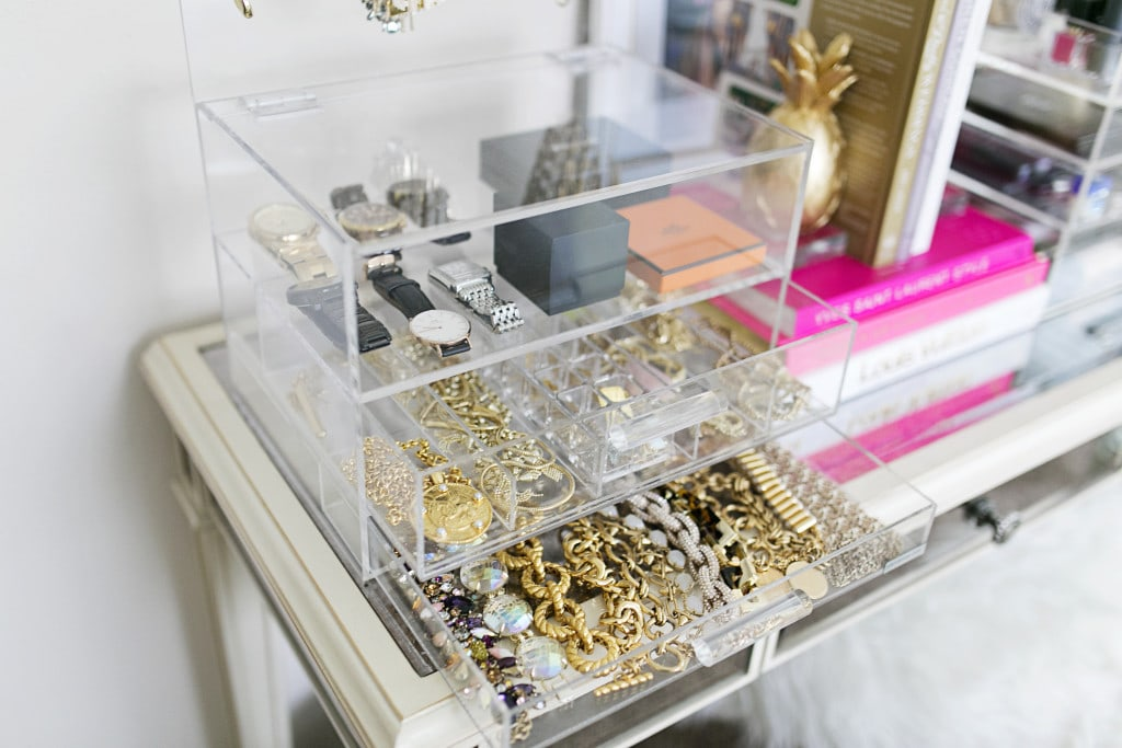 How to Organize Your Jewelry In 7 Chic Ways According To Your Style