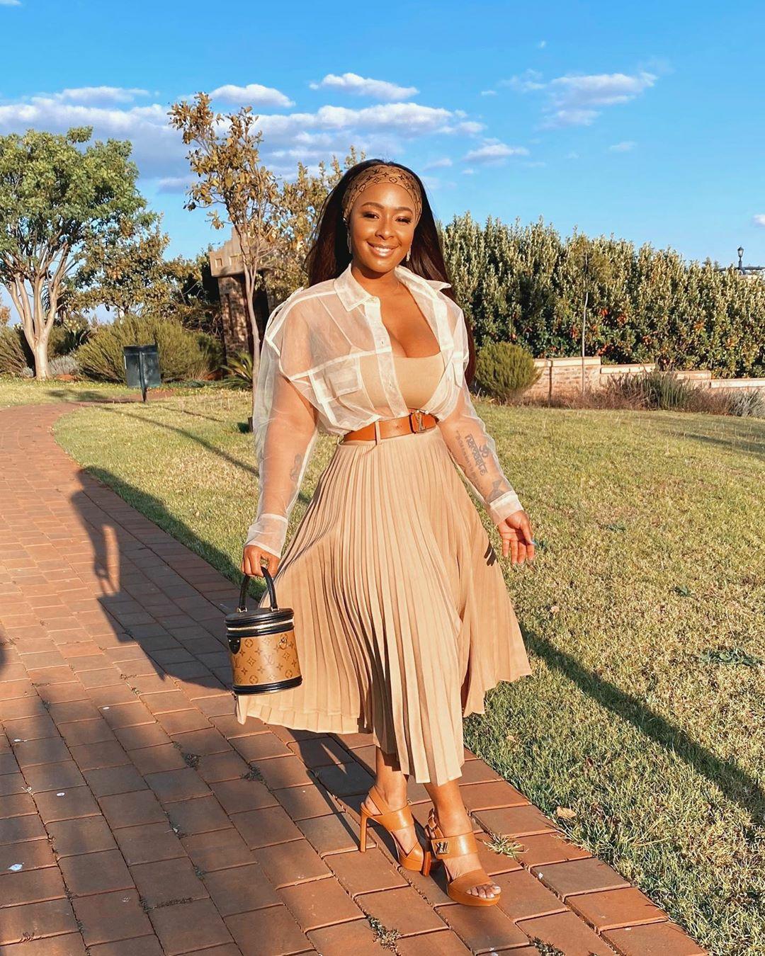 Fashion Influencers On Instagram Show Off Stylish Looks Last Week