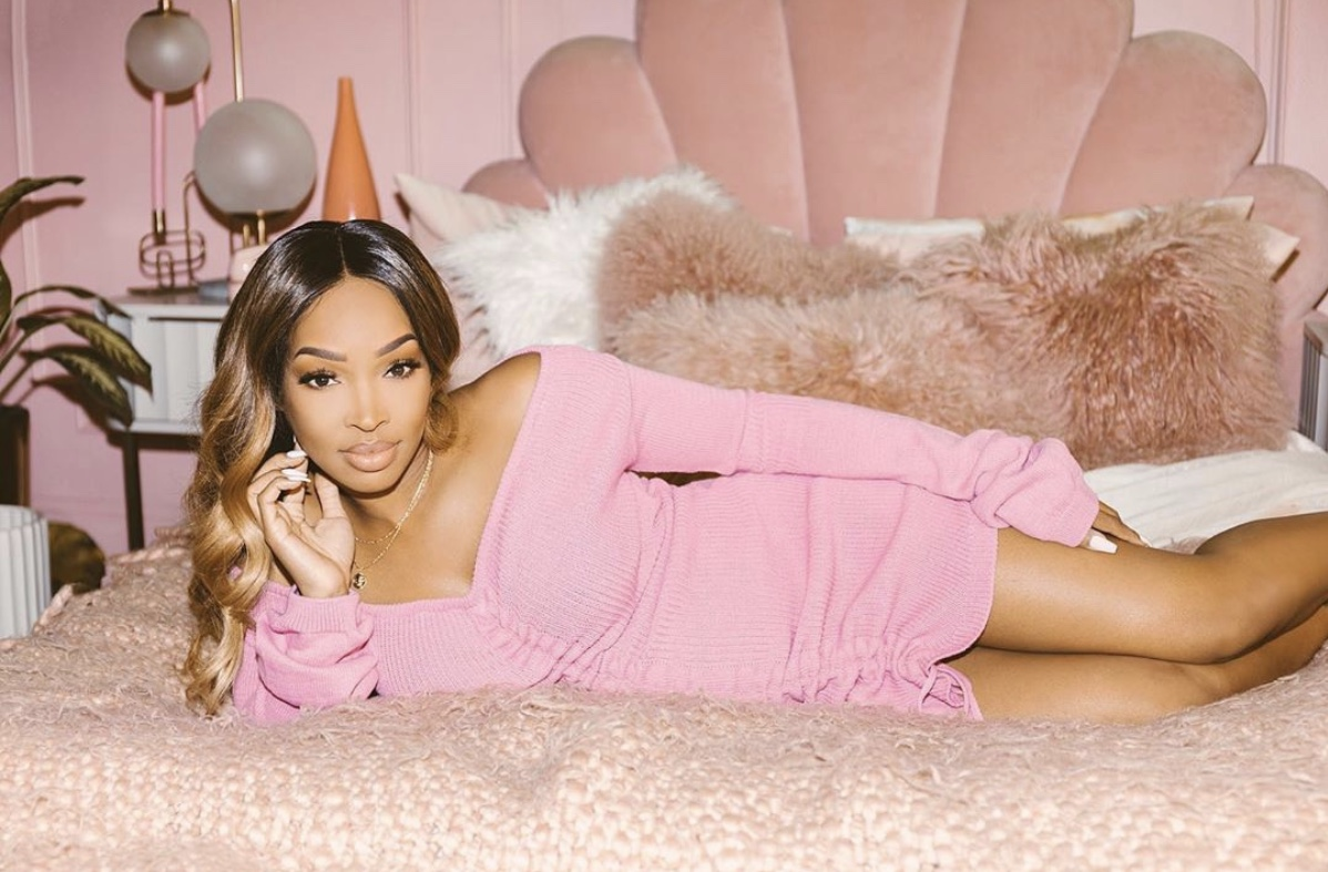 Stretchy pink offshoulder dress stylerave