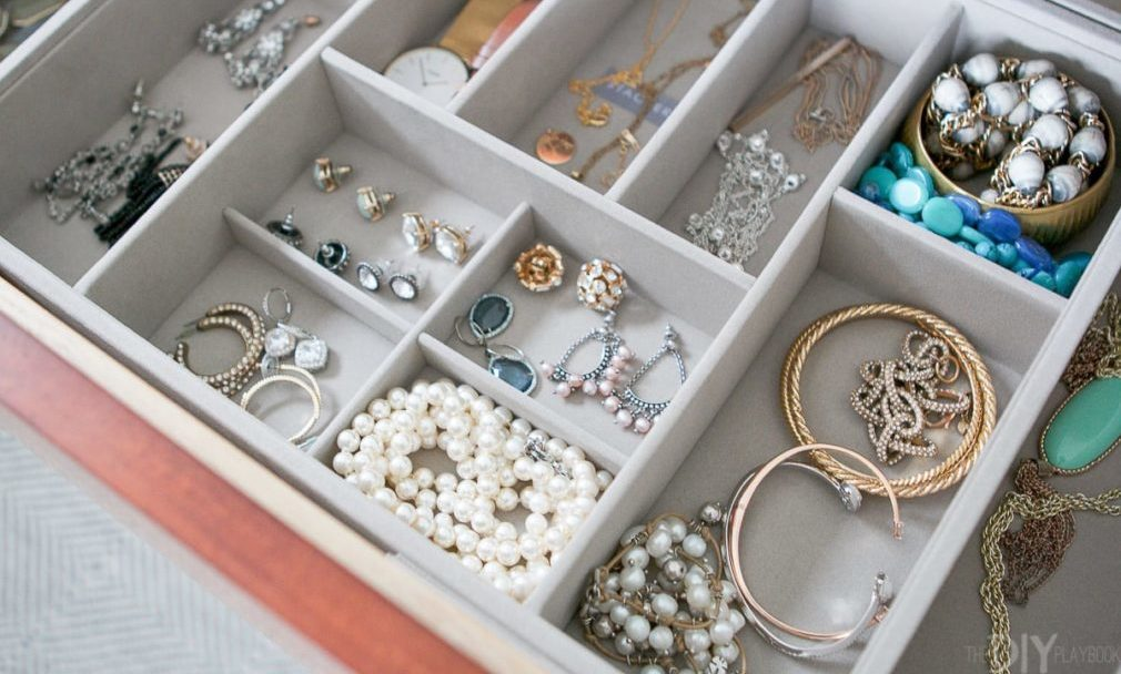 how-to-organize-your-jewelry-7-ways