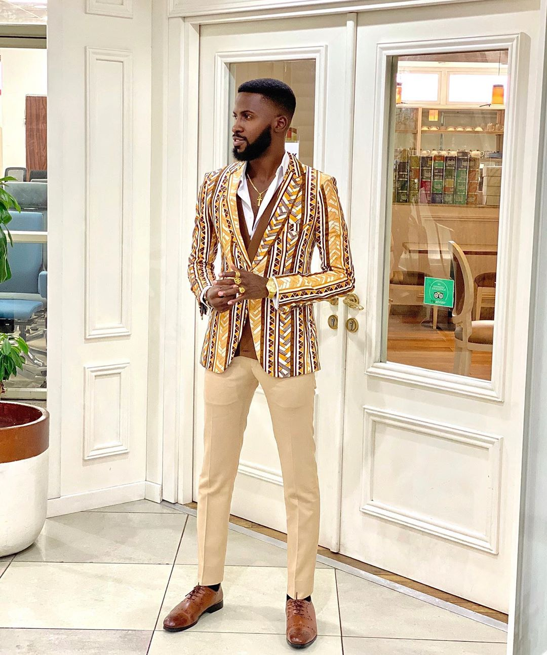 akin famine男装时尚影响者拉各斯非洲2020
