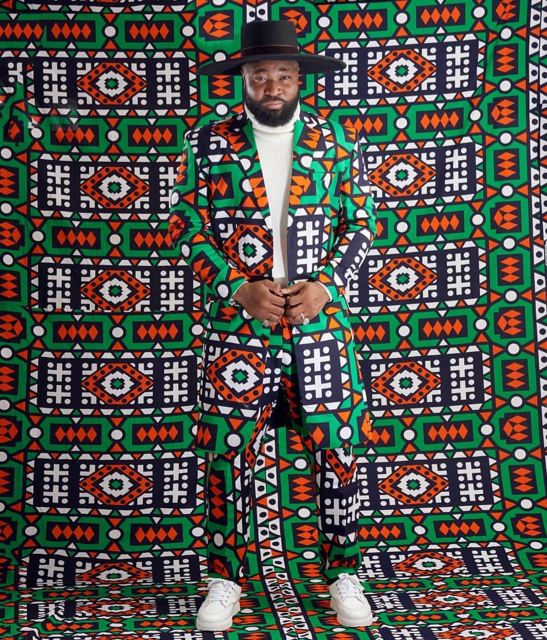 非洲非洲男性名人时尚最佳着装风格的狂欢