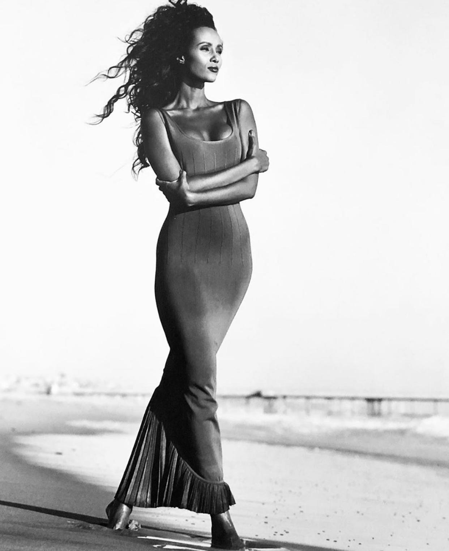Foto en blanco y negro de Iman