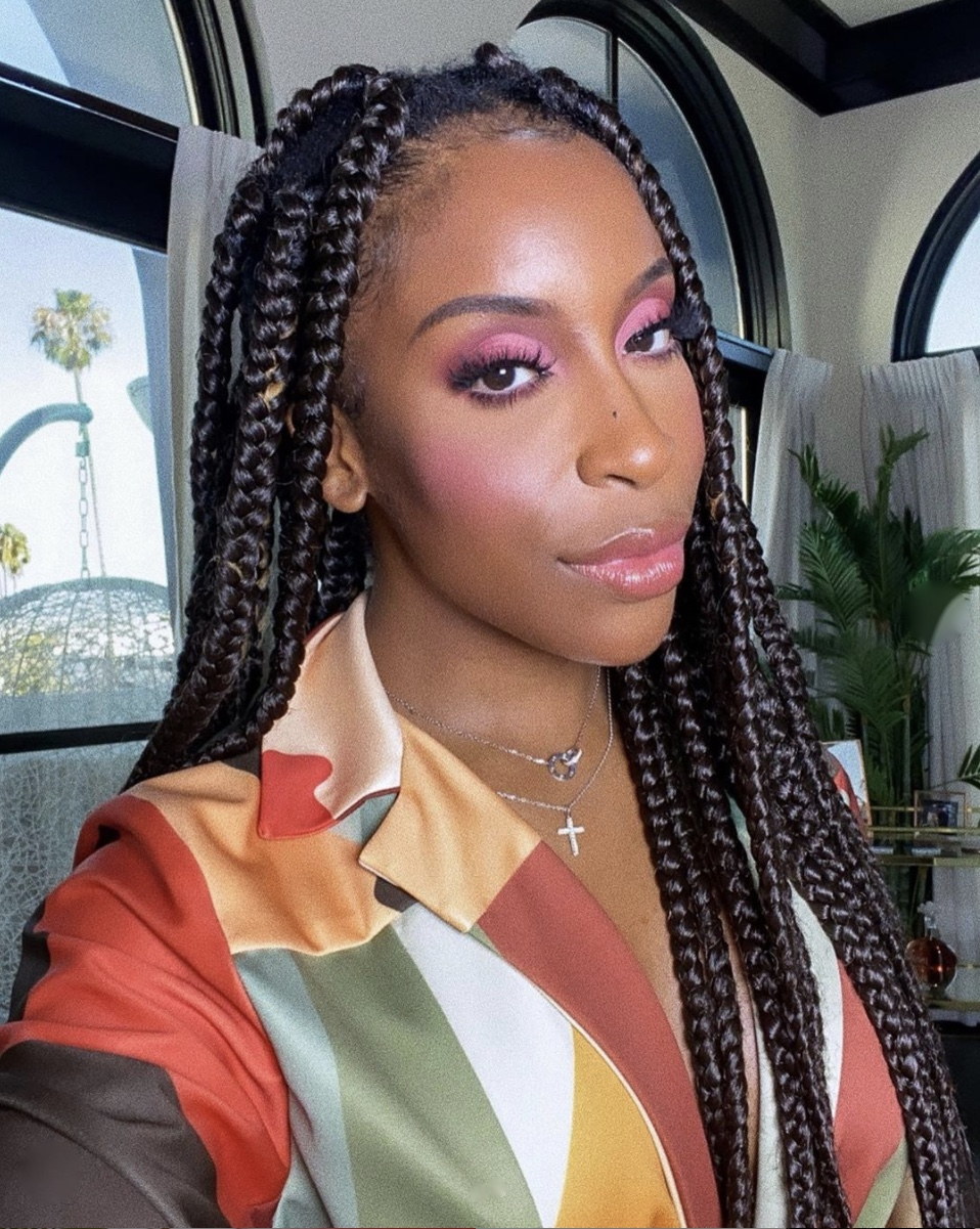 Jackie Aina Nigerian-American youtuber pink blush summer beauty trends stylerave