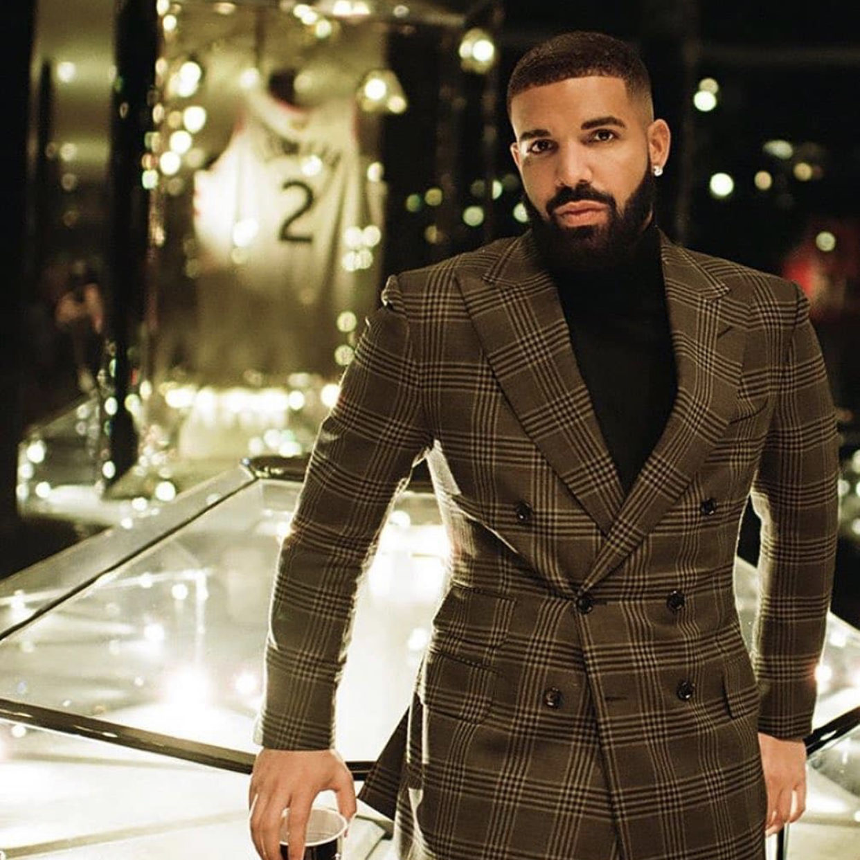 drake-plane-birthday-las-vegas-songs-style-rave