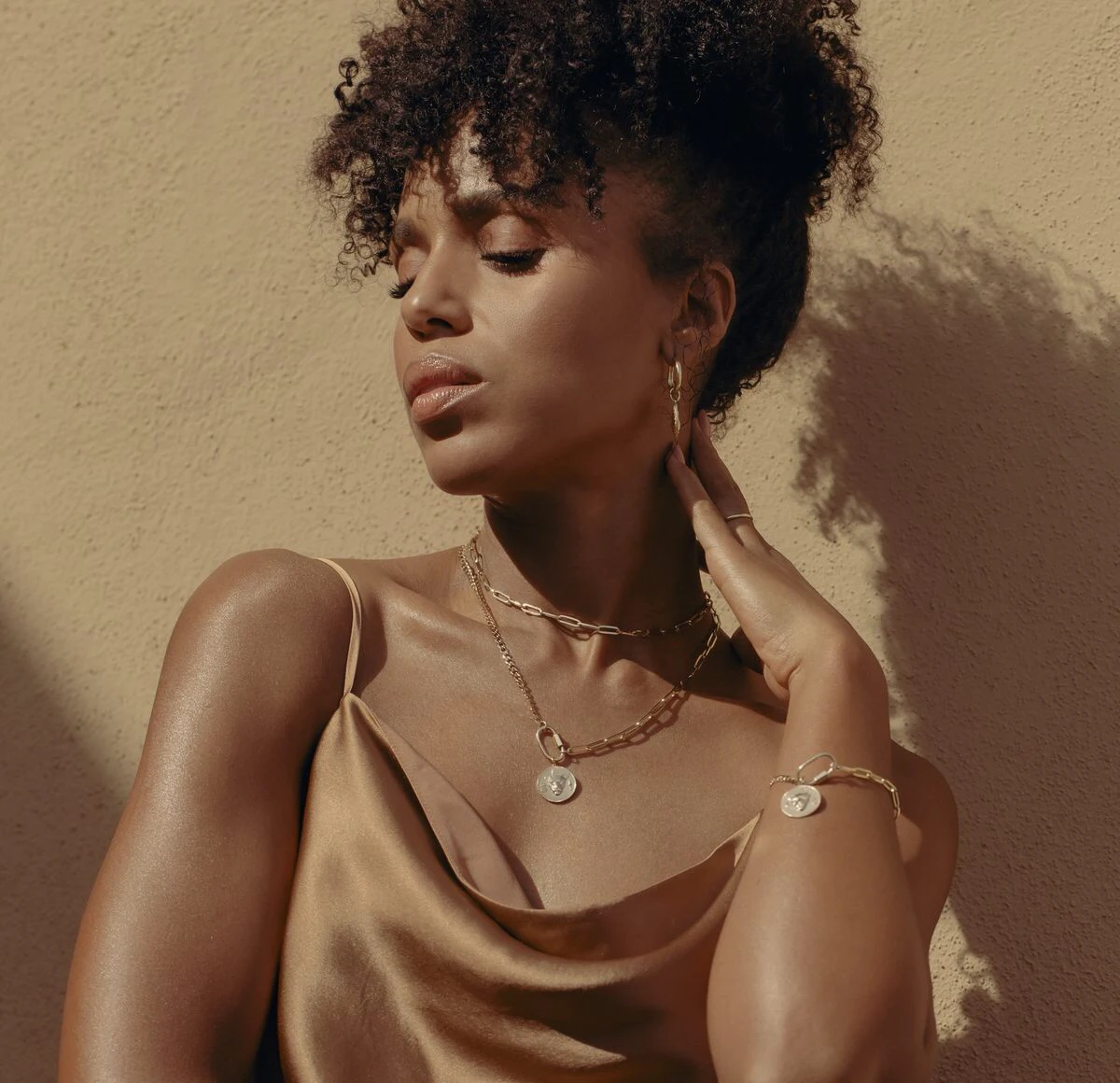 Kerry-Washington-Aurate-New-York-jewelry-lioness-collection