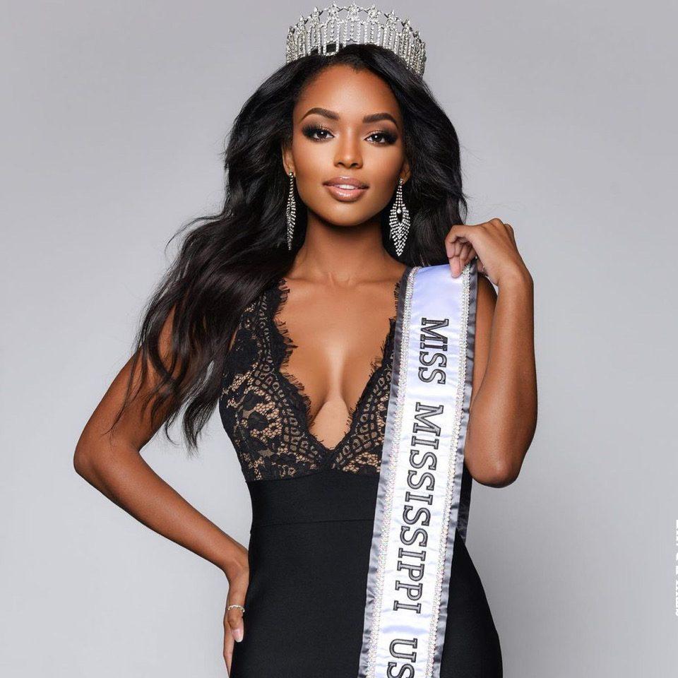 miss-usa-2020-crowned-rahama-sadau-rumours-luke-shaw-injury-latest-news-global-world-stories-wednesday-november-2020-style-rave