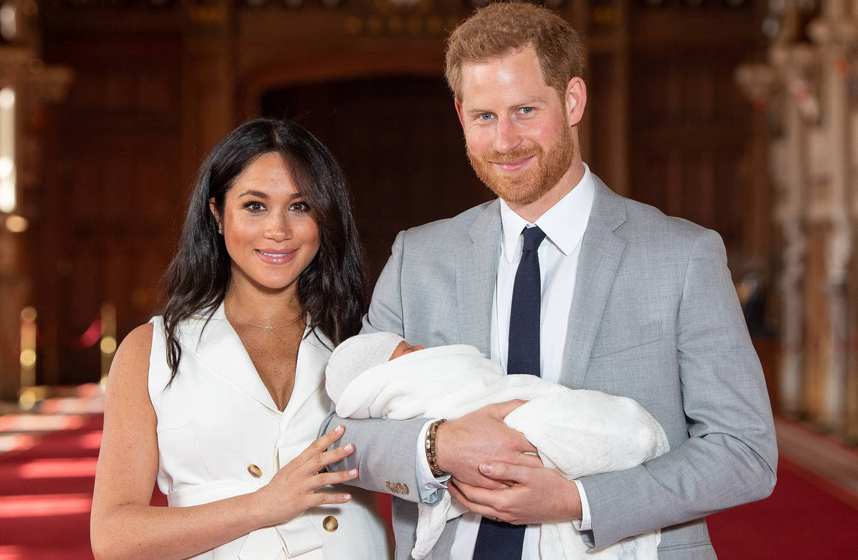 meghan-markle-miscarriage-burna-boy-twice-as-tall-grammy-nomination-fifa-best-men-player-list-latest-news-global-world-stories-wednesday-november-2020-style-rave