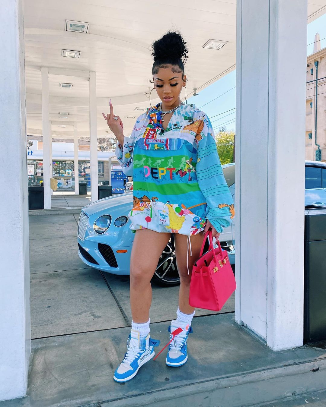 Saweetie blue and white Nike X Off white air retro jordan 1 best shoes women