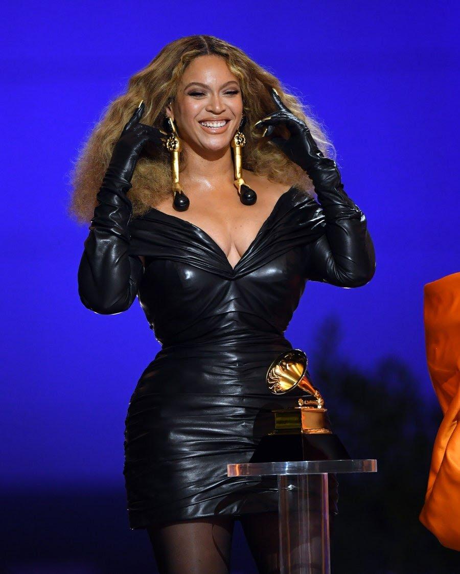 2021-grammy-awards-winners-best-dressed-celebrities-style-rave