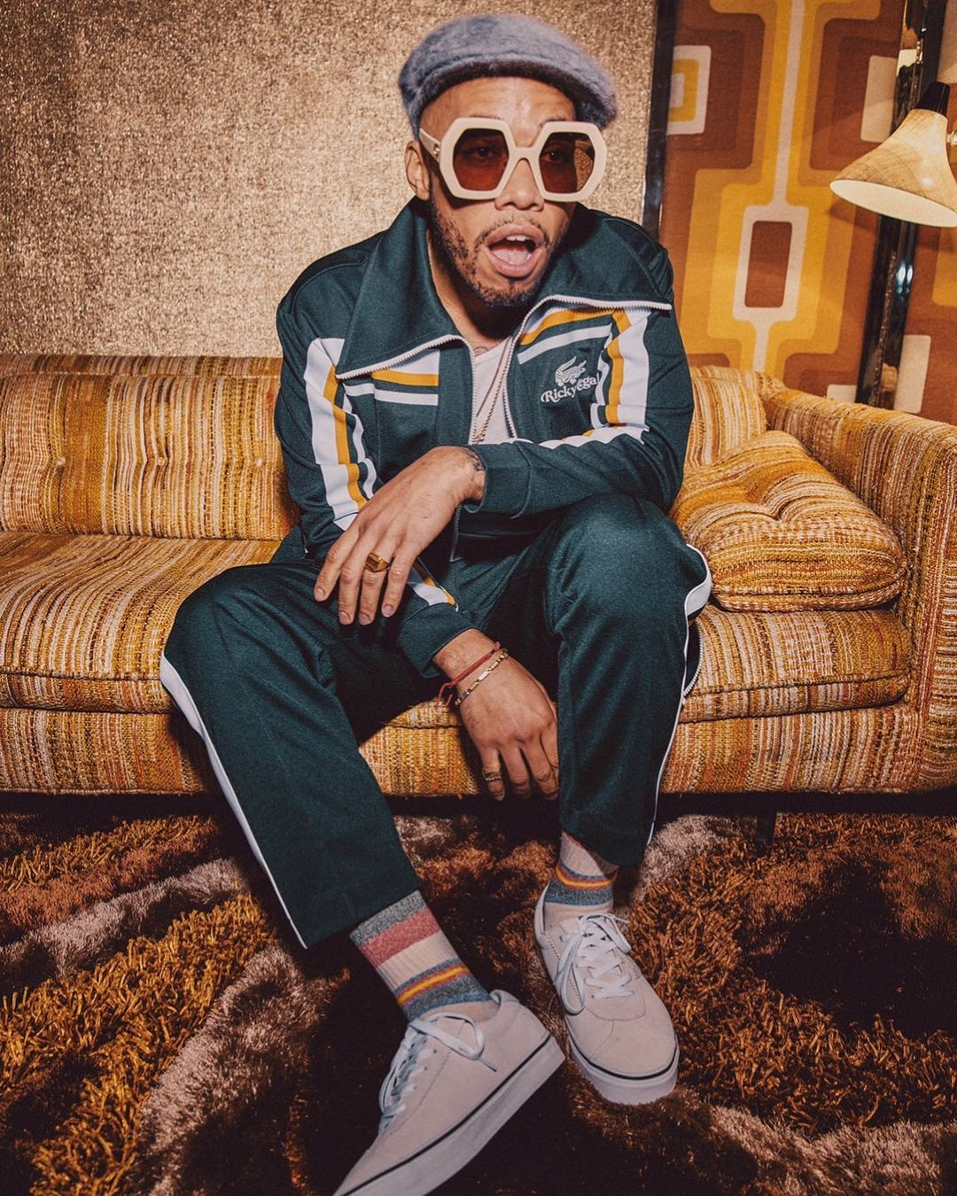 best-dressed-male-celebrities-world-fashion-style-rave