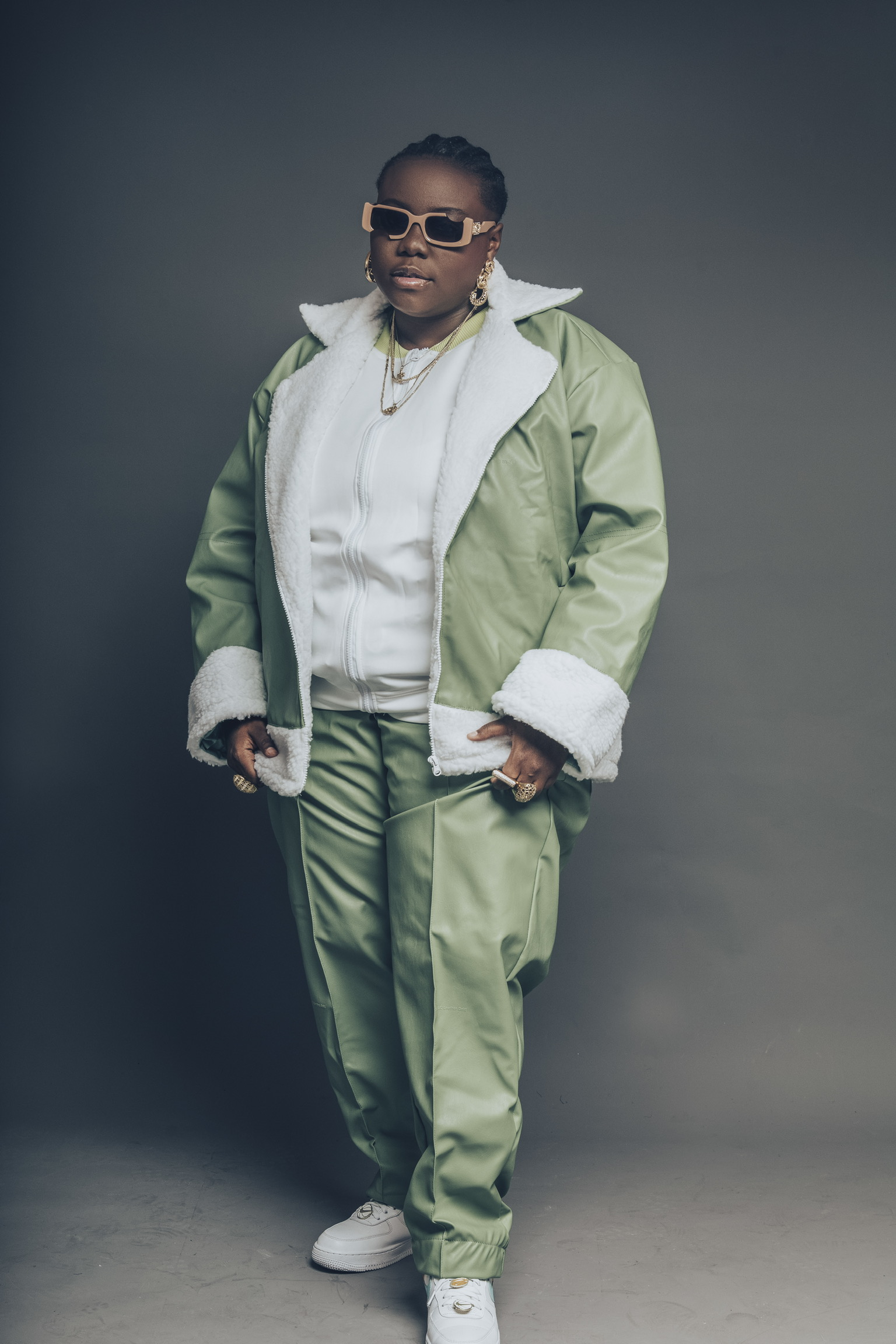 teni-the-entertainer-wonderland-album-pictures-style-rave