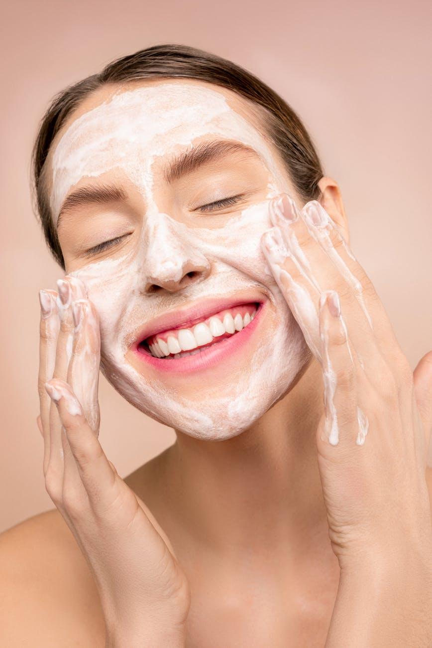 How to prevent eye wrinkles