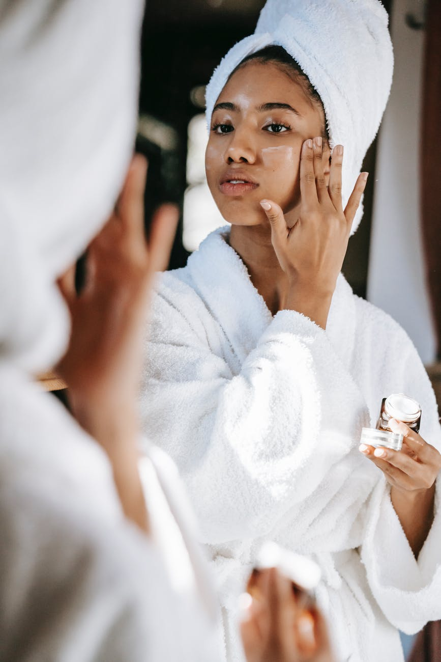 bedtime-beauty-tips-nighttime-skincare-routine